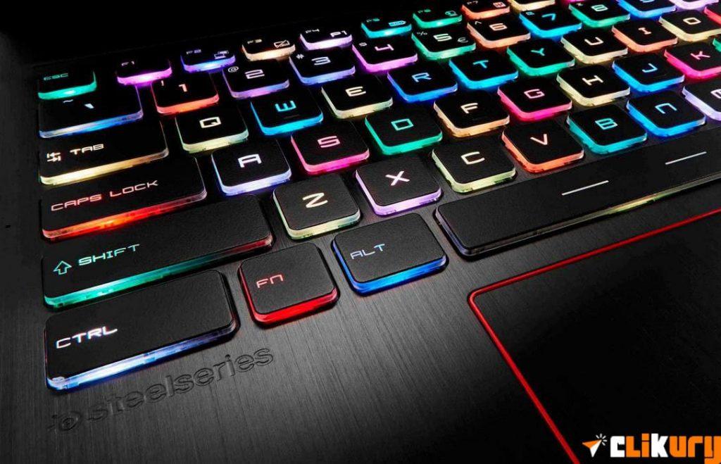 es mejor portatil gaming o de escritorio