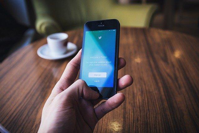 Twitter permite archivar automáticamente los tuits antiguos